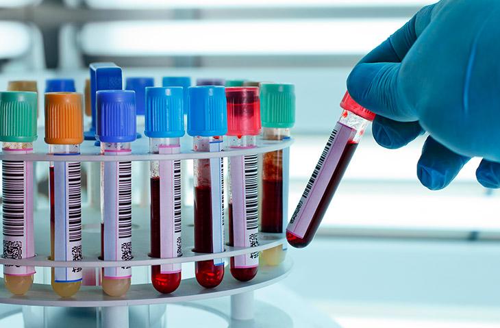 Quais são as principais vantagens da hematologia laboratorial para os pacientes?