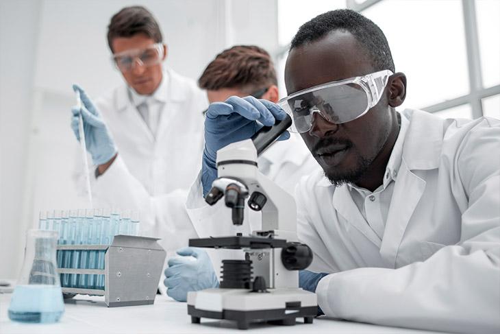 Realizar a acreditação laboratorial
