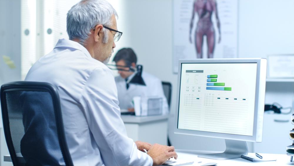 Quais os benefícios dos sistemas para laboratórios de análises clínicas?