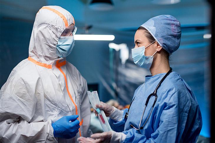 O que mudou na rotina dos laboratórios após pandemia do novo coronavírus?