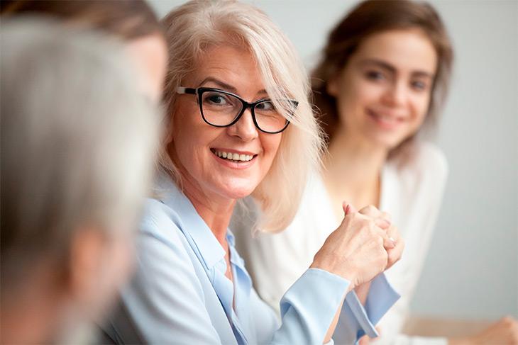 O que envolve o gerenciamento financeiro de um laboratório de análises clínicas?
