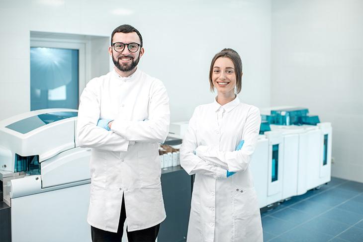 Como transformar a qualidade do atendimento em diferencial competitivo para o seu laboratório?