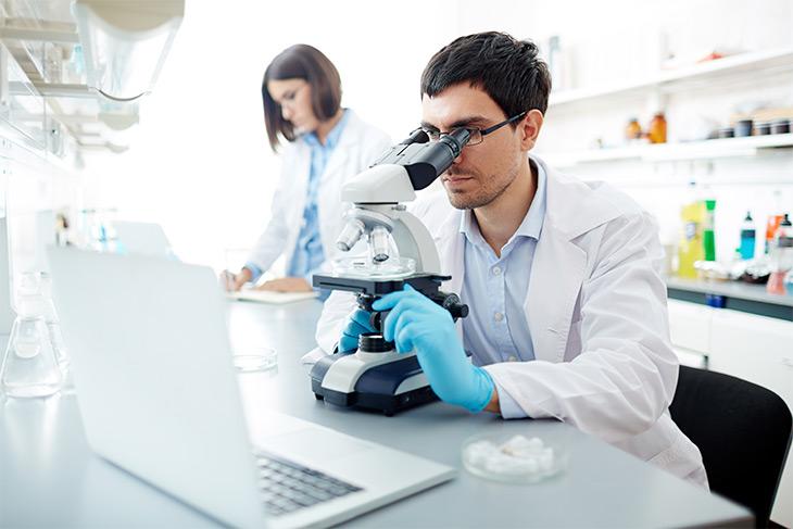 Por que utilizar a tecnologia como suporte aos laboratórios de análises clínicas?
